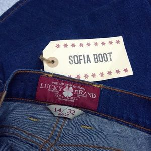 NWT Lucky Brand Sofia Boot Ankle Jeans